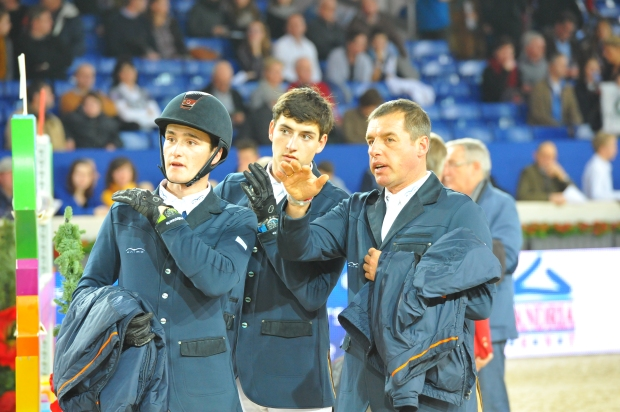 Family Philippaerts discuss the track