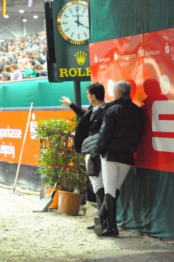 Bosty and leading World Cup rider Sergio Alvarez Moya discuss the track