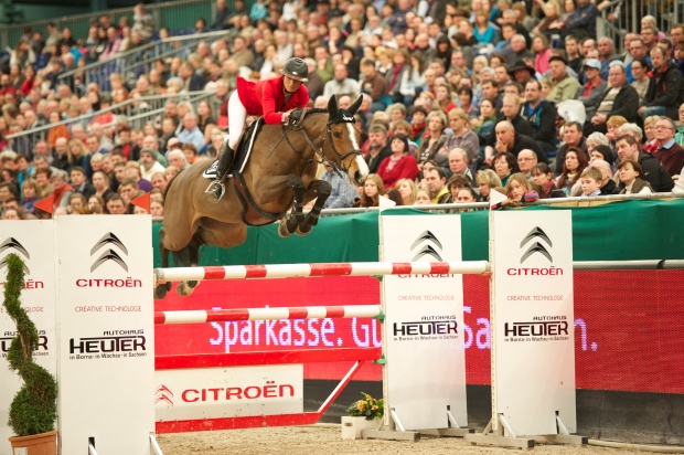 Penelope Leprevost (FRA) and Nice Stephanie won with a time of 64.40 seconds